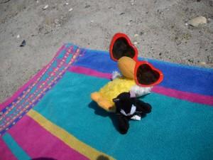 Sunbathing with Mini-mini