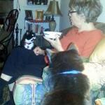 Mini and Pepi want Grandma's ice cream